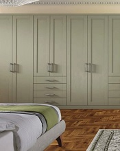 Pendle Style in Deep Lichen finish